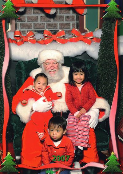 Santa_pic_lores
